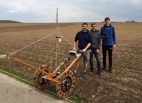 Das Geomagnetometer ermöglicht Bodenuntersuchungen ohne Bodenverletzungen oder Grabungen.