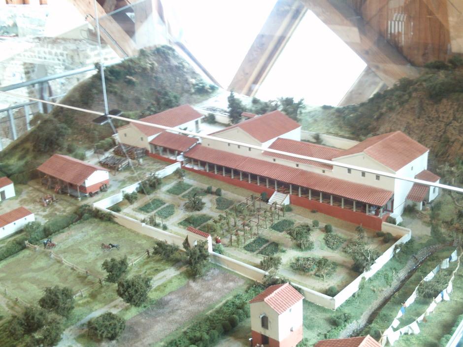 Rekonstruktion (Modell) des Hauptgebäudes der Römervilla