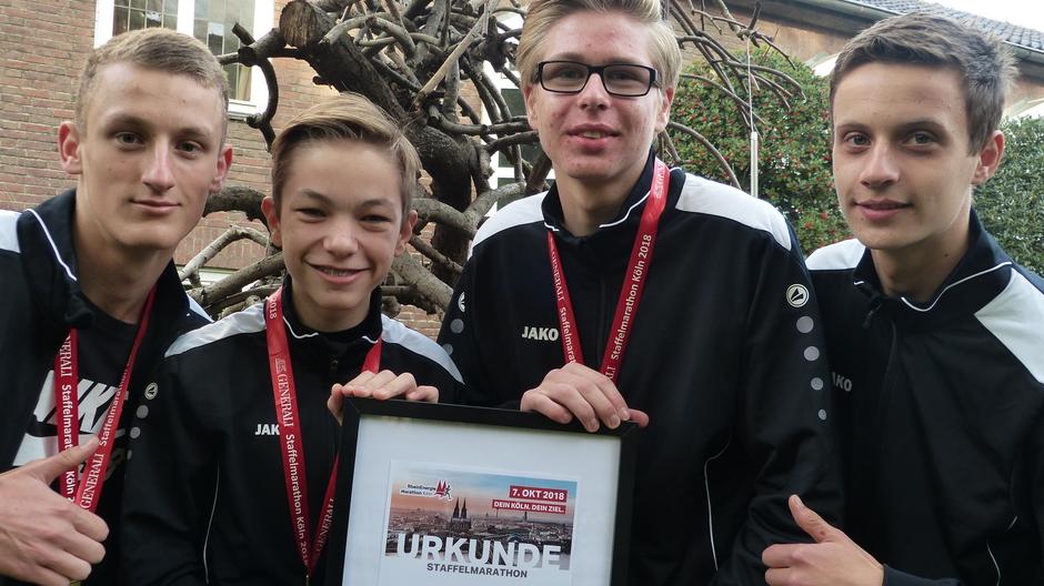 Schul-Marathonis triumphieren in Köln