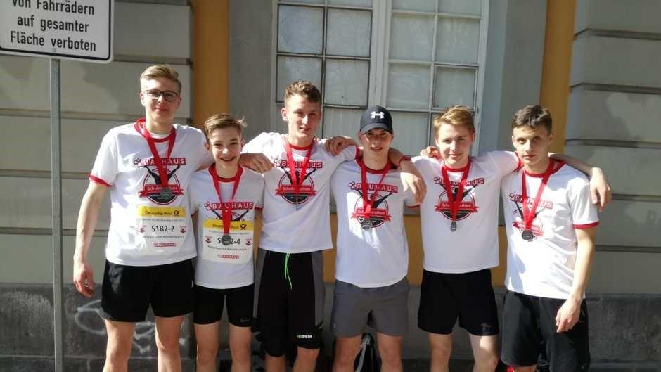 Platz 3 unter 269 Schulstaffeln beim Bonner Schulmarathon 2019, Glückwunsch!