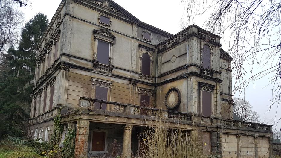 Die Villa Buth fotografiert im Dezember 2017