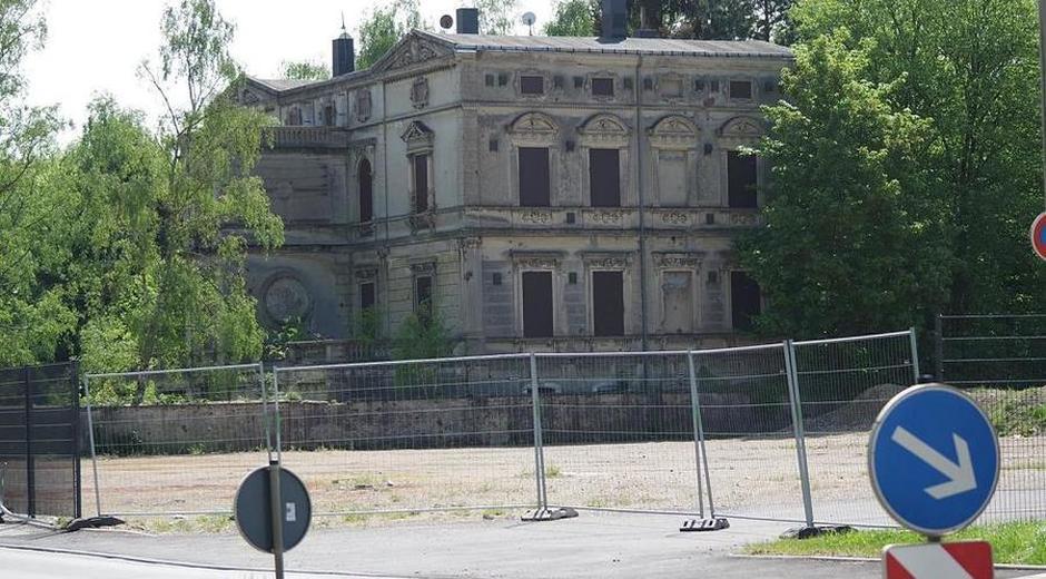 Die Villa Buthst aus Sicherheitsgründen nicht mehr zugänglich.