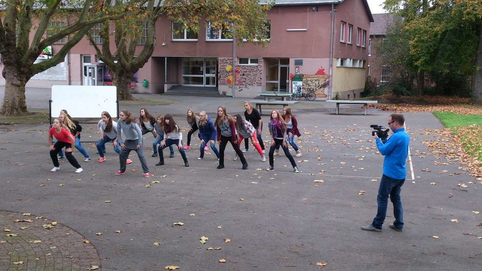 Choreo auf dem Schulhof