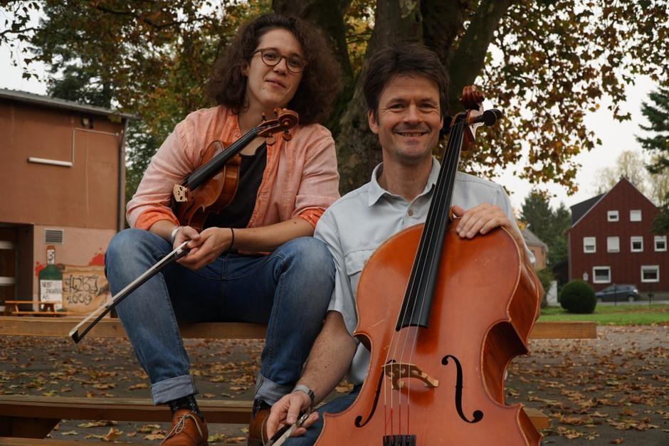 Die Streicherlehrer Frau Merkle und Herr Bartz