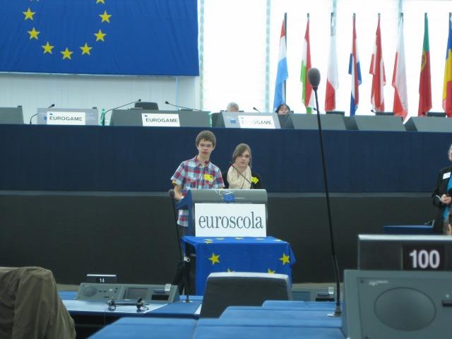 HGG - SchülerInnen im Plenarsaal des Europaparlaments in Straßburg