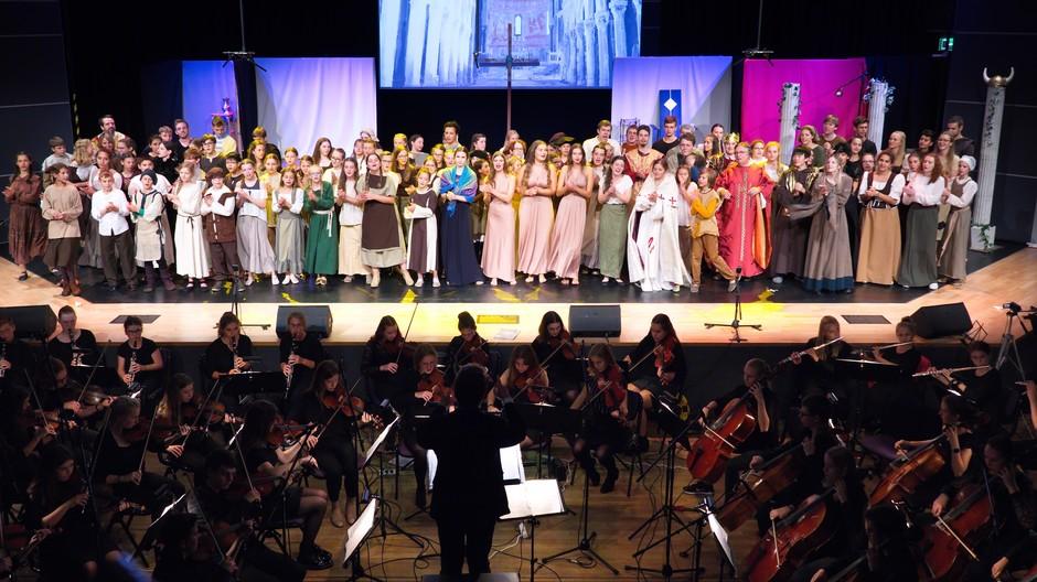 Begeisternde Aufführungen des Musicals Die Päpstin